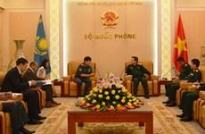 Việt Nam-Kazakhstan tăng cường hợp tác trong lĩnh vực quốc phòng