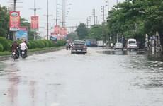 Nhiều tuyến đường ở tỉnh Hải Dương ngập sâu sau trận mưa lớn