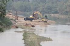 Tăng cường ngăn chặn khai thác cát trái phép ở vùng giáp ranh