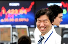 Chứng khoán châu Á đồng loạt đi lên trong phiên cuối tuần