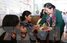 Bà Tòng Thị Phóng: Nâng cao chất lượng cuộc sống cho trẻ em