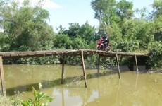 Quảng Trị: Người dân thấp thỏm với những cây cầu... chờ sập