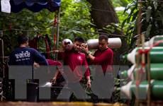 Elon Musk đề xuất dùng tàu ngầm mini để giải cứu đội bóng Thái Lan