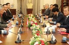Hàn Quốc-Singapore tăng hợp tác về kinh tế và trao đổi nhân lực