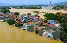 Hà Nội: Nước rút chậm, một số khu vực ở Chương Mỹ vẫn ngập sâu