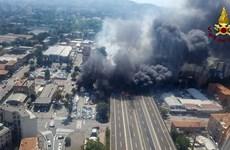 Hé lộ nguyên nhân vụ nổ xe nhiên liệu kinh hoàng ở Italy