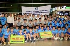 Câu lạc bộ Thái Sơn Nam trở về sau khi lập kỳ tích á quân châu lục