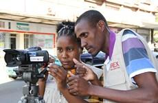 Mozambique áp mức phí cao nhất thế giới với phóng viên nước ngoài