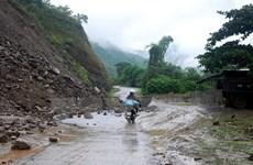Nhiều khu vực mưa dông, nguy cơ sạt lở đất vùng núi Bắc Bộ
