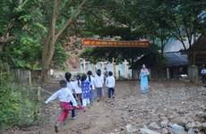 Nụ cười của học trò vùng lũ quét trong ngày khai giảng năm học mới
