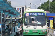 Thành phố Hồ Chí Minh tiếp tục trợ giá xe buýt phục vụ người dân