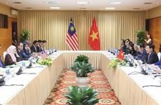 Việt Nam-Malaysia chia sẻ lập trường nhất quán trong vấn đề Biển Đông