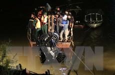 Vụ ôtô rơi xuống sông Hồng: Xác định danh tính nạn nhân thứ hai