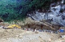 Vụ sập hang khai thác vàng: Tiếp tục tìm kiếm, cứu nạn 2 người mắc kẹt