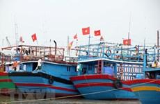 Hướng dẫn gần 4.000 tàu thuyền tránh vùng nguy hiểm của bão số 9