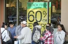"""Người tiêu dùng Mỹ """"dốc hầu bao"""" săn hàng giá hời dịp Black Friday"""
