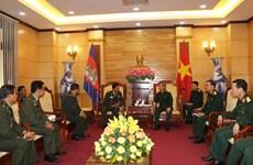 Quân đội Việt Nam-Campuchia chia sẻ kinh nghiệm bảo vệ pháp luật
