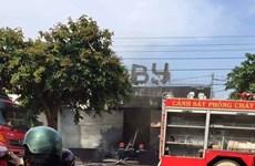 Cháy nhà hàng, ít nhất 6 người chết, nghi vẫn còn người mắc kẹt