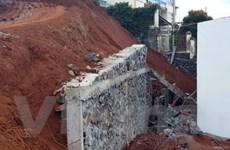 Đắk Nông: Sập tường rào đang xây, một người tử vong thương tâm