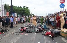 Vụ tai nạn thảm khốc tại Long An: Lái xe đầu kéo đã ra trình diện