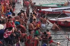 Hàng triệu người Ấn Độ tham gia sự kiện tôn giáo lớn nhất hành tinh