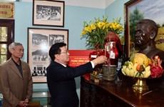 Phó Thủ tướng chúc Tết gia đình nguyên Bí thư Vĩnh Phúc Kim Ngọc