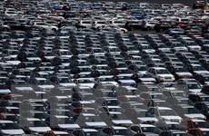 Tổng thống Mỹ tiếp tục cảnh báo áp thuế với ôtô nhập từ EU