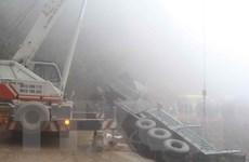 Cao Bằng: Quốc lộ 34 tê liệt hơn một ngày vì xe tải tụt bánh