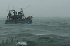Nổ bình gas trên tàu cá làm 3 ngư dân bị thương, 2 người mất tích