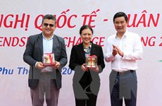 300 đại biểu tham gia chương trình Du Xuân hữu nghị tại Phú Thọ