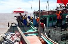Cứu hộ thành công tàu cá cùng 4 ngư dân gặp nạn trên biển Bạc Liêu