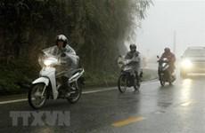 Không khí lạnh gây mưa tại Bắc Bộ, Trung Bộ đề phòng dông sét