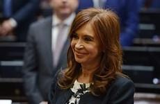 Cựu Tổng thống Argentina Kirchner đối mặt với cáo buộc tham nhũng mới