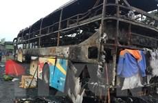 Xe khách giường nằm bốc cháy trong đêm, nhiều tài sản bị thiêu rụi
