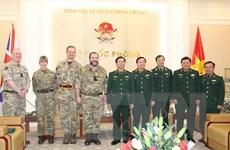 Việt-Anh tăng cường hợp tác trong lĩnh vực quân y gìn giữ hòa bình