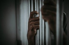 """Italy hình sự hóa tội danh """"trả thù bằng hình ảnh khiêu dâm"""""""