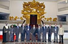 Thủ tướng tiếp Đoàn các hãng thông tấn dự Hội nghị Ban Chấp hành OANA