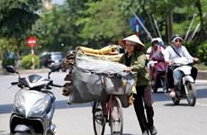 Nắng nóng gay gắt ở Bắc và Trung Bộ, có nơi trên 40 độ C