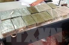 Hải Dương: Phát hiện 26 bánh heroin được giấu trong hai bao gạo