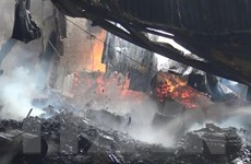 Thông tin chính thức về vụ cháy hai xưởng gỗ ở Bình Dương
