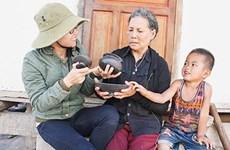 Đưa đồ gốm của người Ba Na ở Kon Tum thành sản phẩm du lịch