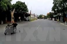 Hải Phòng: Người vi phạm giao thông húc văng cảnh sát