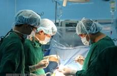 Ba điều dưỡng viên hiến máu cứu sống một sản phụ nguy kịch