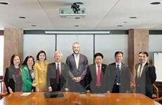 Việt Nam-Canada trao đổi kinh nghiệm tổ chức, quản lý nhà nước