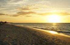 Tiếp tục khám phá những bãi biển đẹp nhất trên thế giới