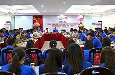 Vai trò của đảng viên trẻ trong việc bảo vệ nền tảng tư tưởng của Đảng