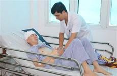 Cứu sống du khách người Trung Quốc bị ngã, chấn thương sọ não