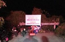 Đà Nẵng: Xuyên đêm mưa gió cứu người bị nạn trên bán đảo Sơn Trà