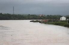 Mưa lớn diện rộng, lũ đang lên ở các sông thuộc khu vực Trung Bộ