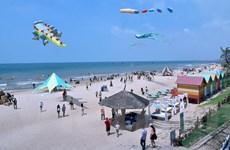 Bình Thuận đẩy mạnh thu hút đầu tư, khai thác lợi thế du lịch ven biển
